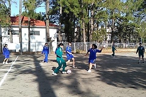 女子サッカー.jpg