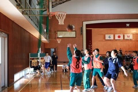 女子バスケット.jpg